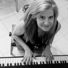 Teresa Brandão - Aulas de Música - Aveiro