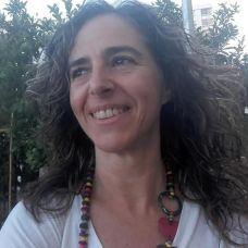 Célia Oliveira - Tradução - Faro