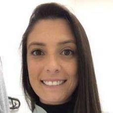 Dra Aline Calvete - Cuidados Dentários - Porto