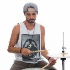 Músico / Baterista / Percussionista / Produtor - Música - Gravação e Composição - Évora
