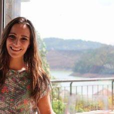 Ana Carolina Ferreira - Explicações de Matemática de Ensino Secundário - Pontinha e Famões