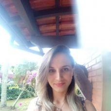 Monica Kochanski - Cabeleireiros e Barbeiros - Faro