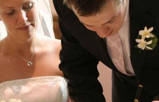 Qual é o preço de Celebrante de Casamentos? Fixando