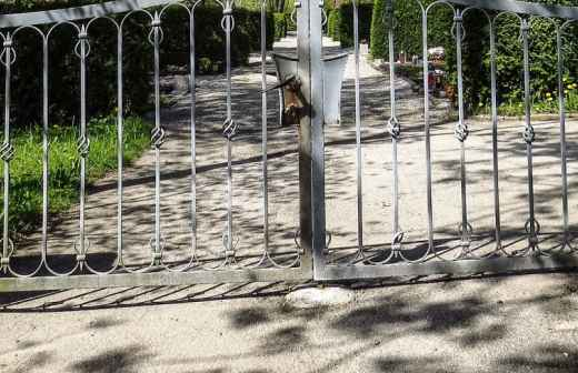 Instalação ou Reparação de Portões - Braga