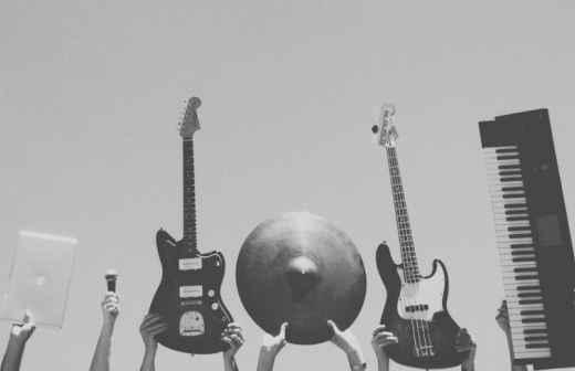 Reparação de Instrumentos Musicais - Ourém