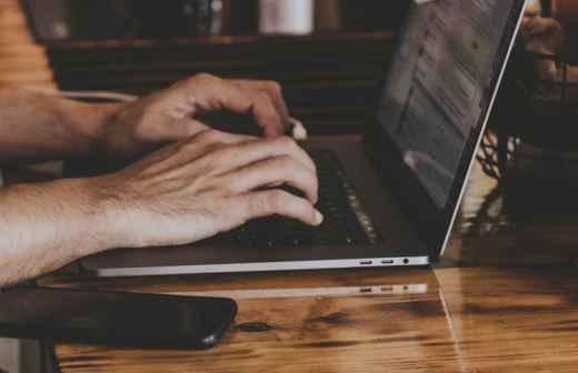 Técnico de Computadores - Faro