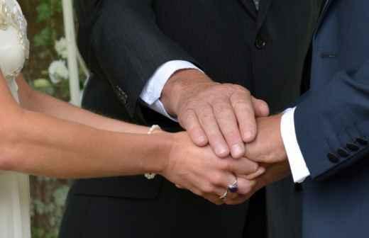 Celebrante de Casamentos Não Religiosos - Pastores