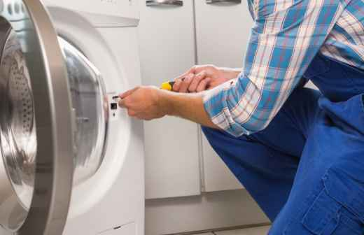 Qual é o preço de reparação e instalação de Máquinas de Lavar Roupa? Fixando