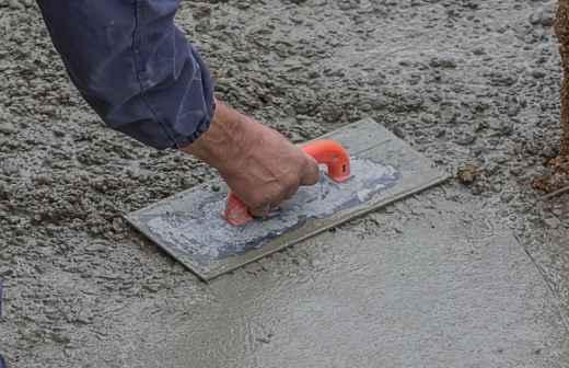 Instalação de Pavimento em Betão - Polimento Com Areia