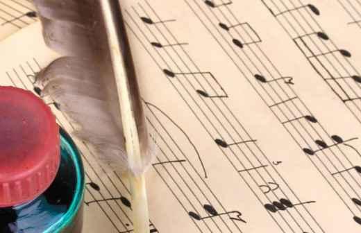 Qual é o preço de Aulas de Composição Musical? Fixando