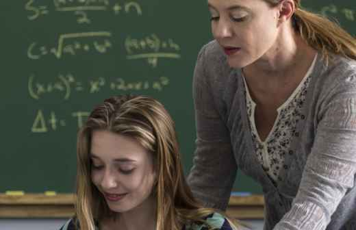Explicações de Matemática de Nível Universitário - Trigonometria