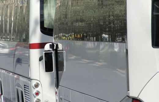 Aluguer de Autocarro - Conduzindo
