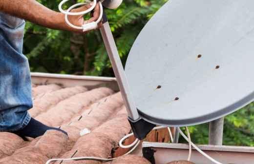 Antena Parabólica - Monte
