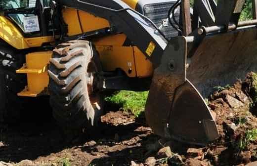 Serviço de Retroescavadora - Escavadeira