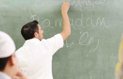 Qual é o preço de Aulas de Árabe? Fixando