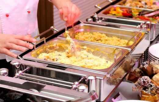 Qual é o preço de Catering de Festas e Eventos em Bragança? Fixando
