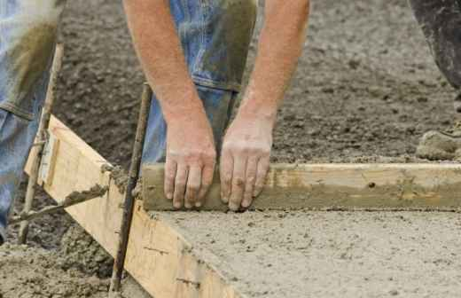 Qual é o preço de colocação e manutenção de Betão / Cimento / Asfalto no Cadaval? Fixando