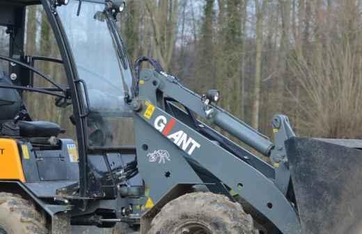 Serviço de Bobcat - Escavadeira