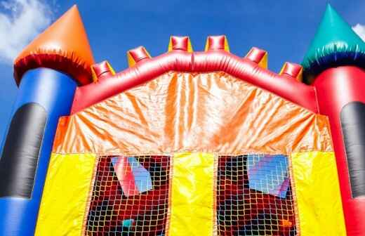 Moon Bounce Rental - Bouncing